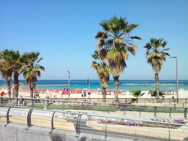 tel aviv bugrashov beach